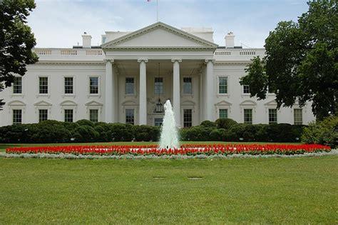 House White White House Haunting