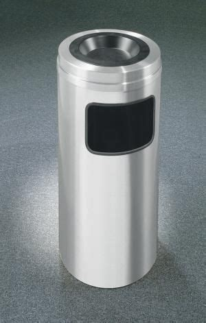 1000 images about trash cans on pinterest 1000 images about aluminum trash cans on pinterest