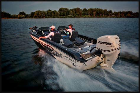 larson triumph boats larson boats introduce three new fx 2020 fishing boats