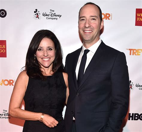 tony hale wife julia louis dreyfus breast cancer celebrities react in