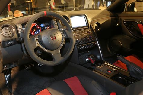 nissan skyline 2015 interior 2015 nissan gt r nismo live reveal cockpit photo 12