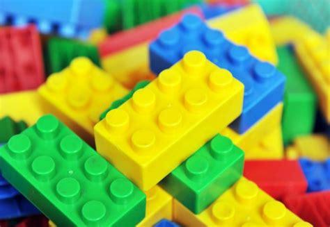 Small Energy Efficient Homes tiny lego brick style studs make solar panels a quarter