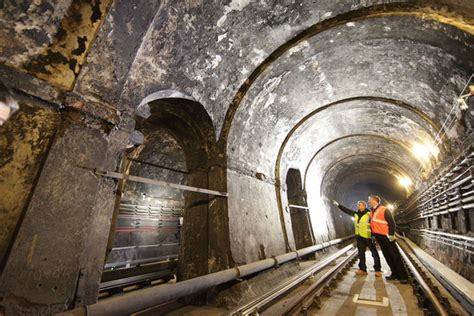thames river tunnel a rare glimpse of london s oldest underwater tunnel zimbio