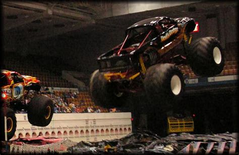 knoxville monster truck show themonsterblog com we know monster trucks