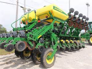 rear of deere 1790 planter deere equipment