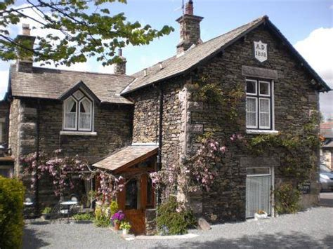 old court bed and breakfast the old courthouse in bowness on windermere cumbria
