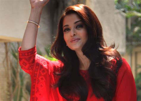film india terbaru aishwarya rai cannes 2014 aishwarya rai bachchan to walk the red carpet
