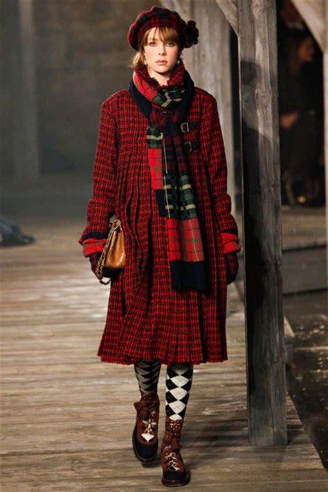 fashion week chanel scottish tartan