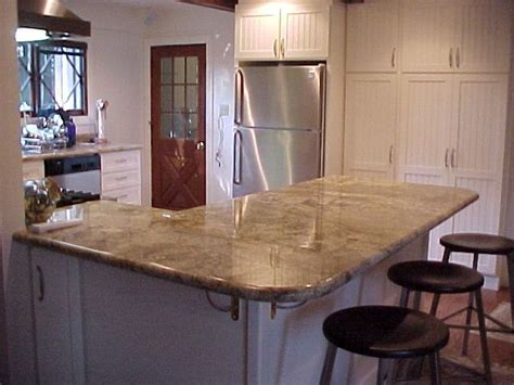 peninsula island kitchen 15 best images about kitchen peninsulas on