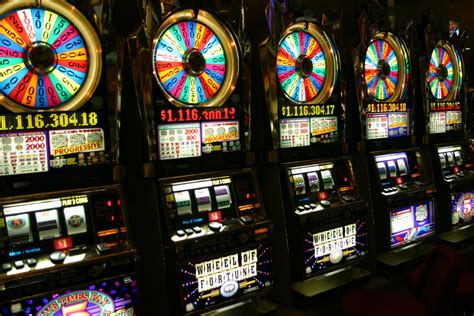 gambling  alive downtown vegaschatter