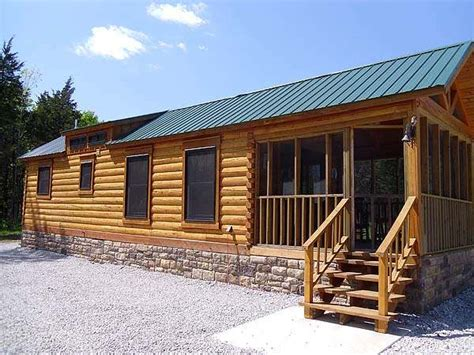 400 sq ft cabin 400 sq ft oak log cabin on wheels