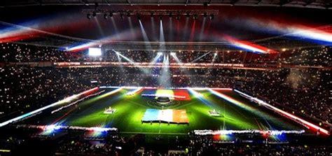 conheça os estádios de futebol mais bonitos do mundo