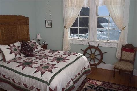 lighthouse bed and breakfast heceta head lighthouse bed and breakfast updated 2018