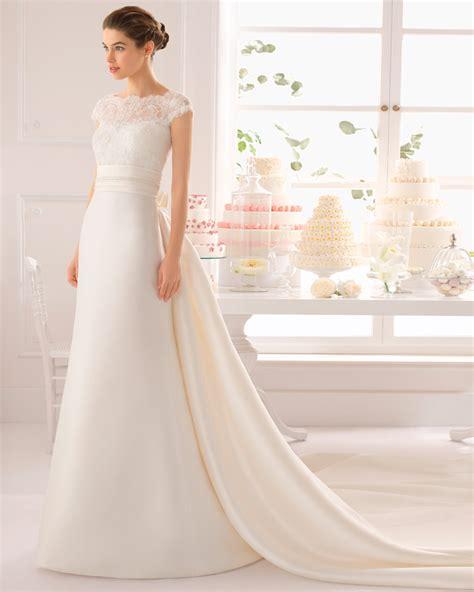 imagenes vestidos de novia actuales cola larga para el vestido de novia vestidosdenovia com