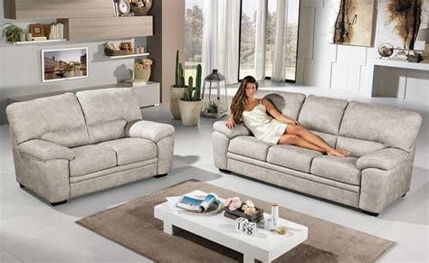 mondo convenienza divani in pelle divani pelle mondo convenienza divano mondo