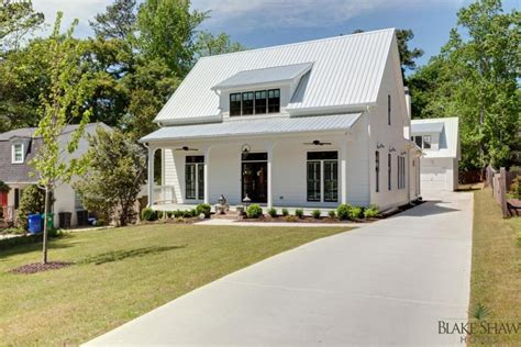 Farm Style Houses | farmhouse style homes pictures