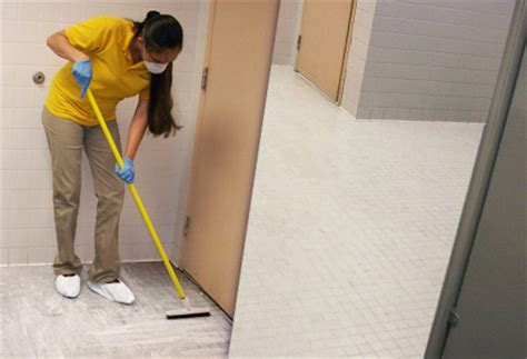 bathroom cleaning service commercial bathroom cleaning and sanitization services