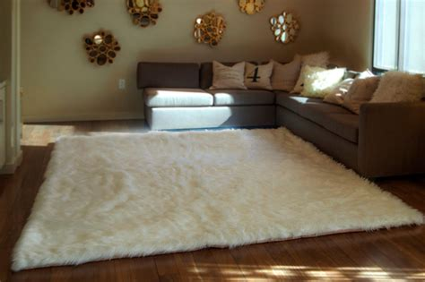fluffy white area rug fluffy throw rugs roselawnlutheran