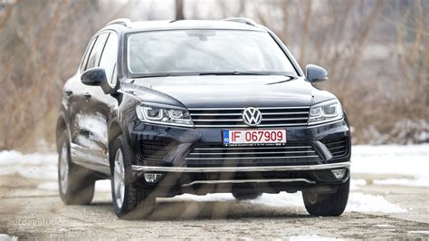 touareg volkswagen 2015 2015 volkswagen touareg review autoevolution