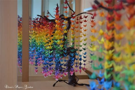 Origami Crane Curtain - guide on how to create a colorful rainbow diy crane
