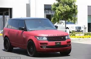 blac chyna jeep jenner s boyfriend tyga is spotted with a mystery