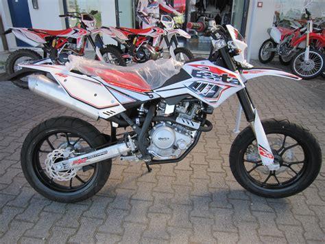 Beta Jonathan 350 Motorrad by Beta Motorcycles Pics Specs And List Of Models