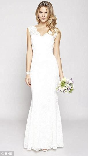 Wedding Attire For 50 Year by Can You Spot The Wearing 163 1 500 Vera Wang From The