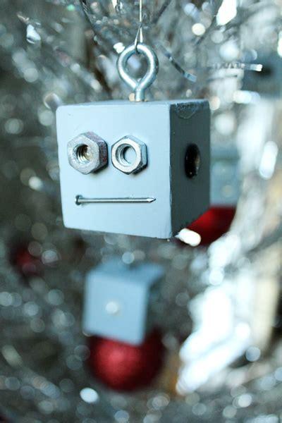 robot ornaments nerdy diy ornaments craft paper scissors
