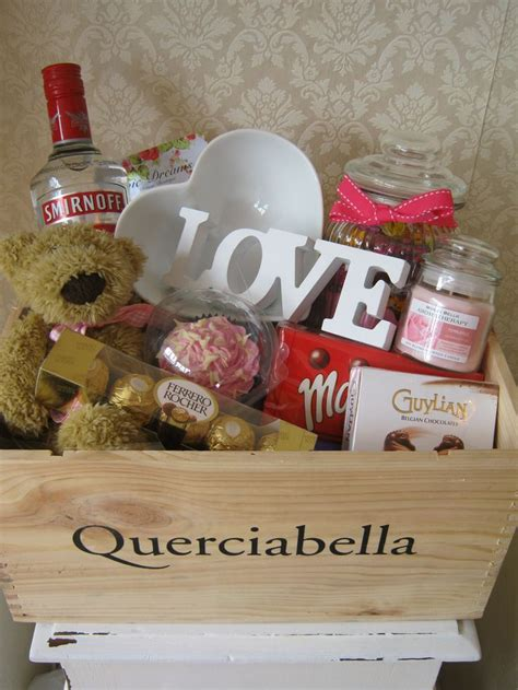 Personalised Birthday Hamper www.chic dreams.co.uk   hampers   Pinterest   Olivia d'abo