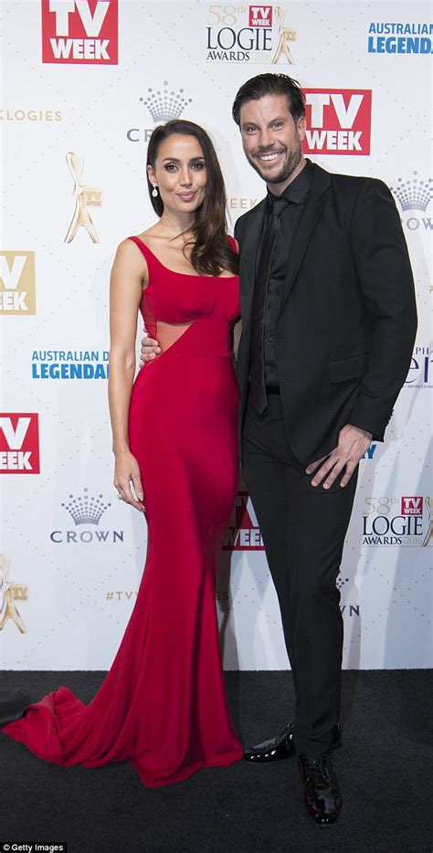 sam wood snezana markoski are engaged yahoo7 be andy lee s fans want him to be the next bachelor daily