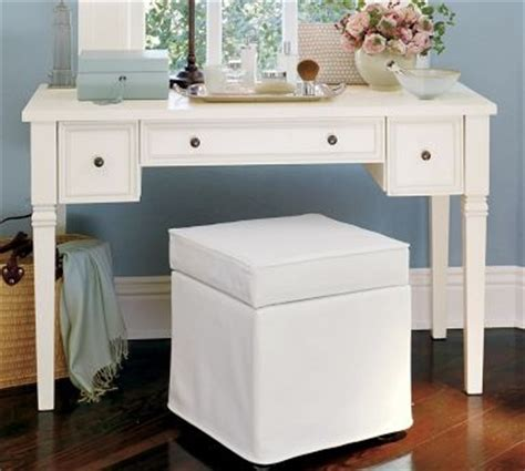 Meredith Vanity Desk by 1000 Images About Vanity Desk On Bedroom