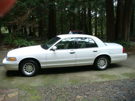 auto air conditioning repair 2001 ford crown victoria spare parts catalogs buy used 2001 ford crown victoria base sedan 4 door 4 6l in silverdale washington united states