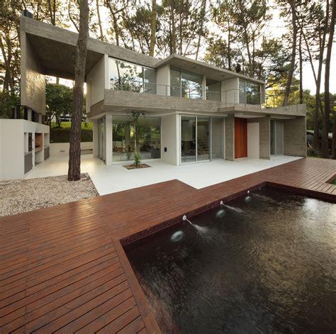 fresno architects fresno house felix raspall federico papandrea archdaily