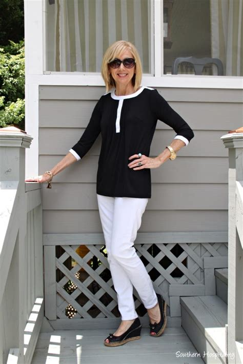comfortable clothing for women over 60 fashion over 50 black and white southern hospitality