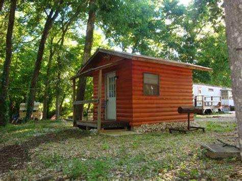 Wren Cabins by Cabins Sugar Island