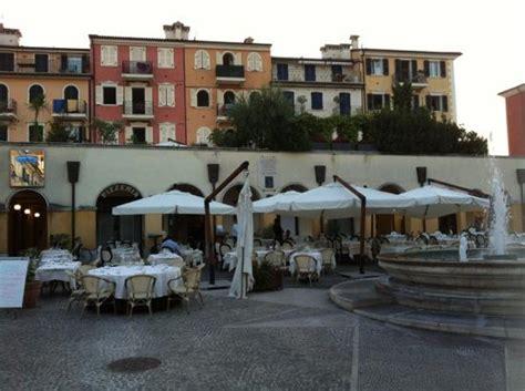 piazza borgo porto recanati location perfetta picture of ristorante mes amis porto