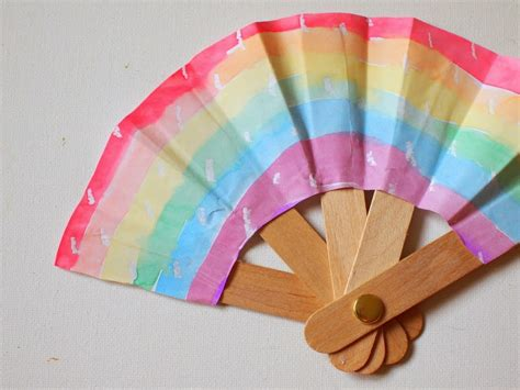 How To Make Paper Fans With Popsicle Sticks - make a folding popsicle stick fan pink stripey socks