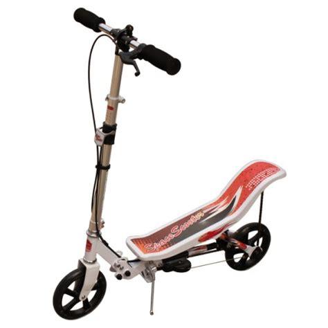 cadenas trotinette decathlon trottinette 2 en 1 space scooter blanche pour enfant d 232 s 8