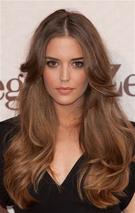 clara alonso hair color clara alonso pictures celebrities attend gq elegant men