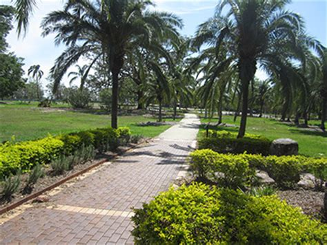 Garden Of Yeronga Yeronga Memorial Park Honour Avenue Cenotaph