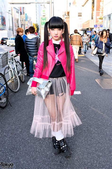 japanese style 19 year old rinyo on the street in harajuku w cute twin