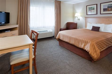 hotels with in room milwaukee wi candlewood suites milwaukee brown deer milwaukee wi united states overview priceline