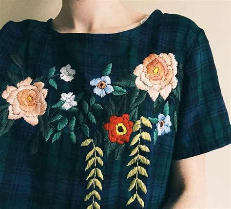 embroidery clothes magnificent embroidered blouse by tessa perlow my style