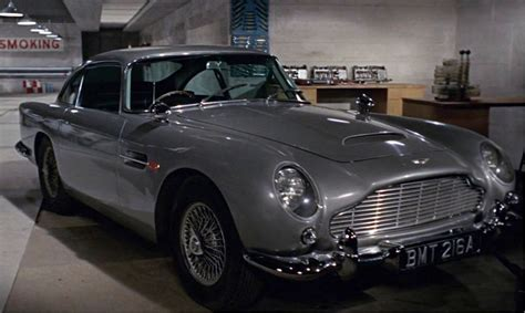 Auto James Bond by List Of All James Bond Cars