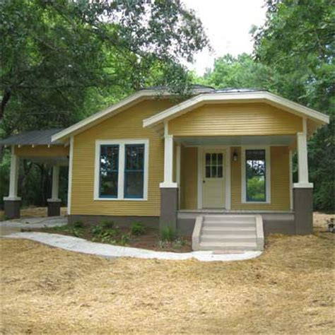 from trashed to a treasure after best curb appeal before and afters 2012 this house