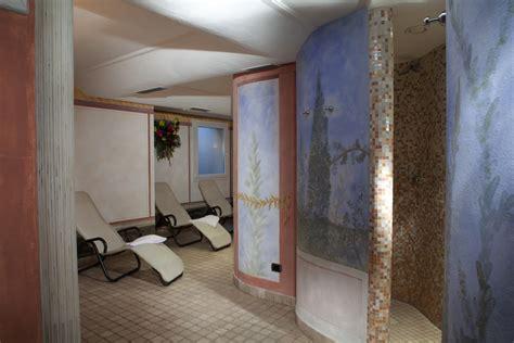 doccia scozzese wellness hotel dolomiti albergo con centro benessere