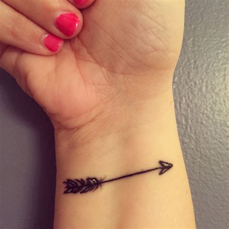 arrow tattoo on wrist arrow wrist designs ideas and meaning tattoos