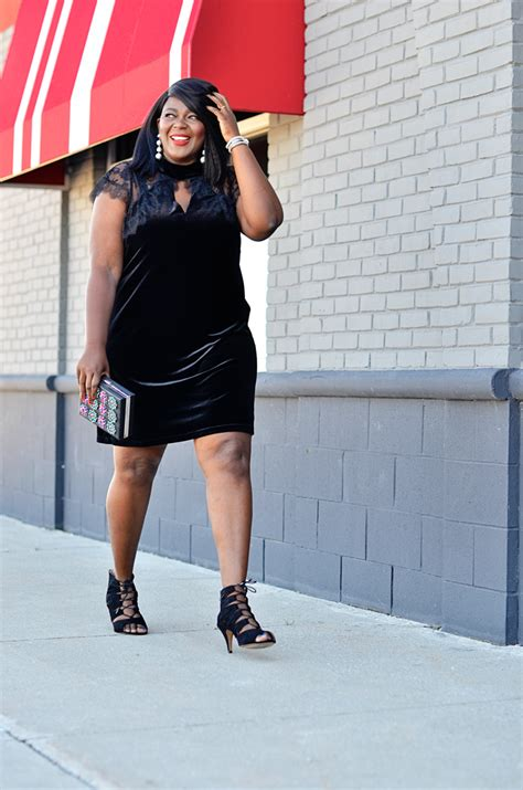white house black market sizing white house black market launches plus size line curvy fashion