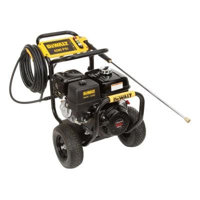 dewalt honda gx390 4 200 psi 4 gpm gas pressure washer