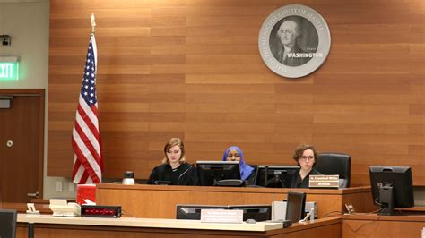 Seattle Municipal Court Search King5 Student Run Traffic Court Gives Seattle S Drivers A Second Chance